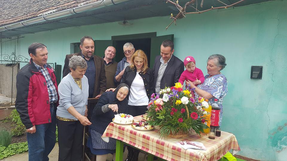 La Apața, alături de doamna Ana, la împlinirea a 102 ani!