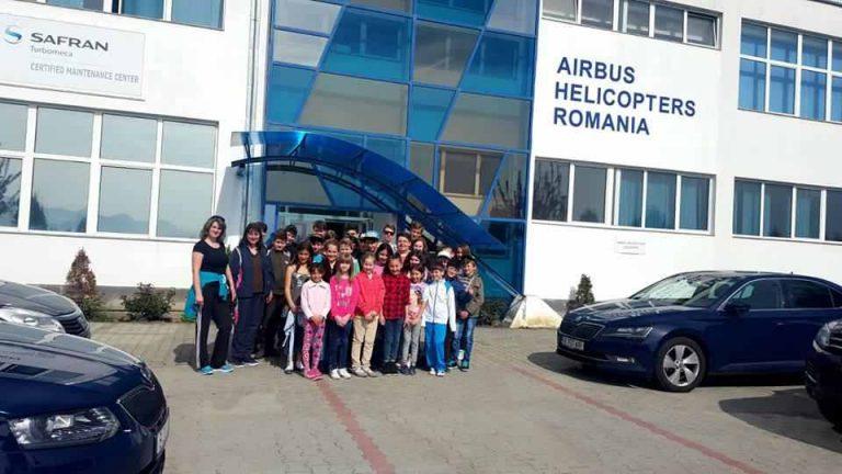 """Pregătire profesională și oferirea unui loc de muncă pentru copii de la """"Casa Ioana"""", Rupea"""