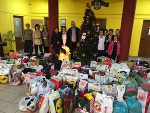 """Mulțumim tare mult copiilor și profesorilor de la Școala Gimnazială Nr.27, care s-au implicat cu sufletul în Campania """"Împreună de Sărbători"""""""