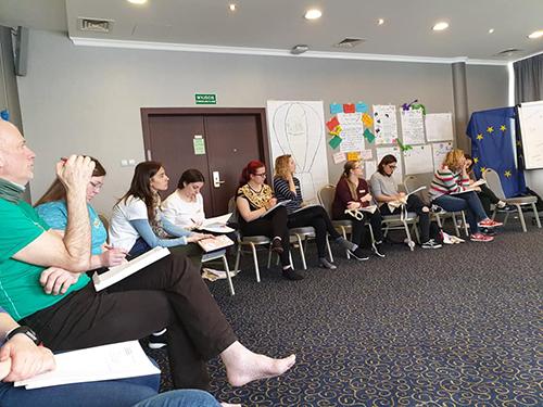 """Erasmus+, un drum sigur pentru atingerea obiectivelor asociației ,,Aici pentru Tine""""!"""